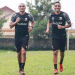 Duo Brasil Latihan Perdana Bersama Madura United
